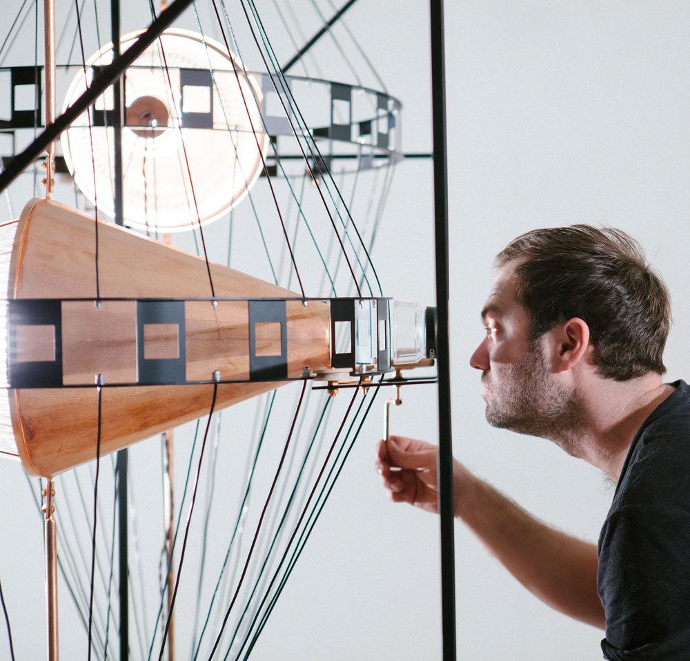Photo : Simon Chenier et Les Ateliers Guyon. Source : v2com.