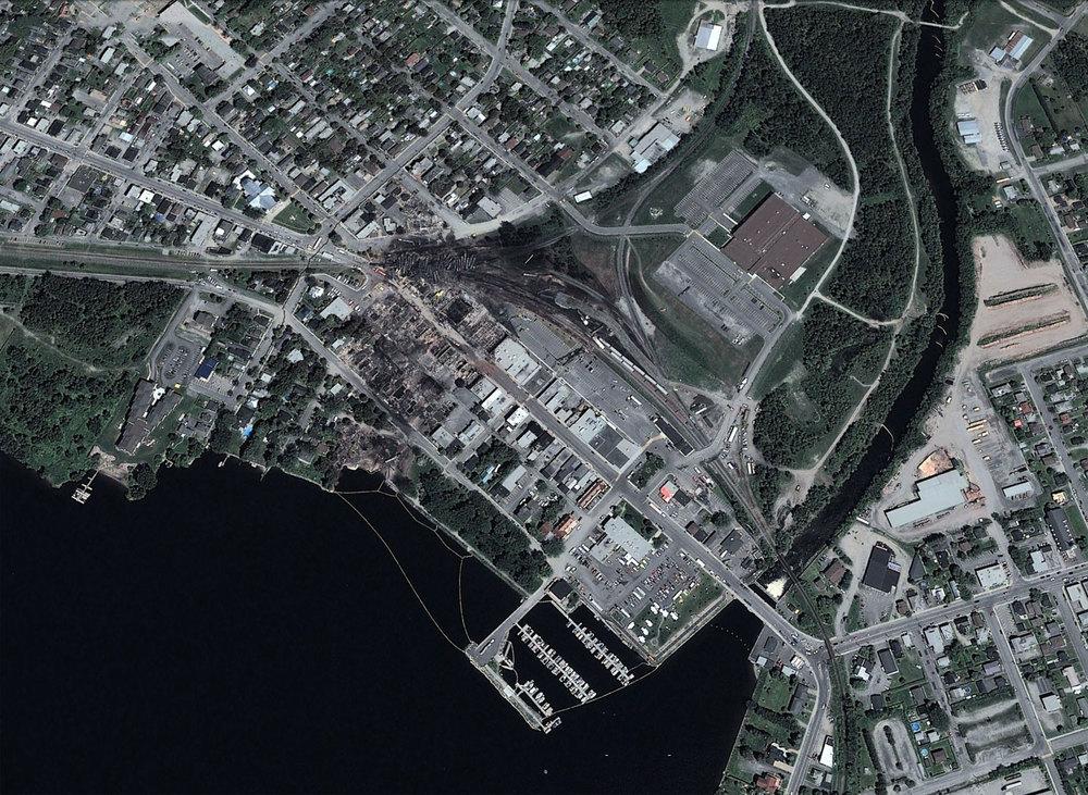 Le centre-ville de Mégantic dans les jours suivants la catastrophe