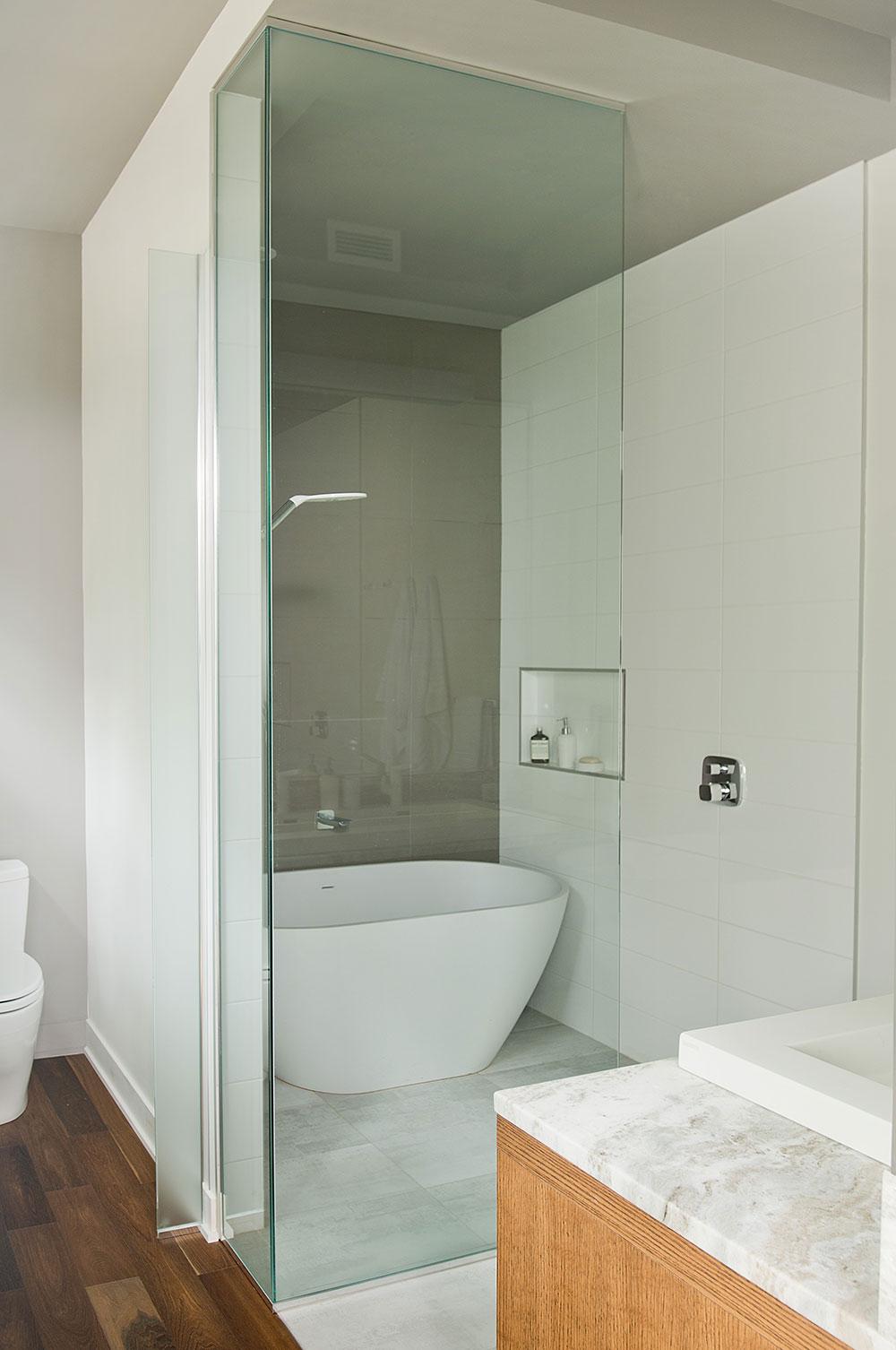 Salle de bain de la chambre des maîtres