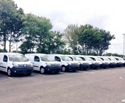 Fleet of ten Kangoo H2 already in the UK as part of the Levenmouth Community Energy project. Image credit Bright Green Hydrogen.