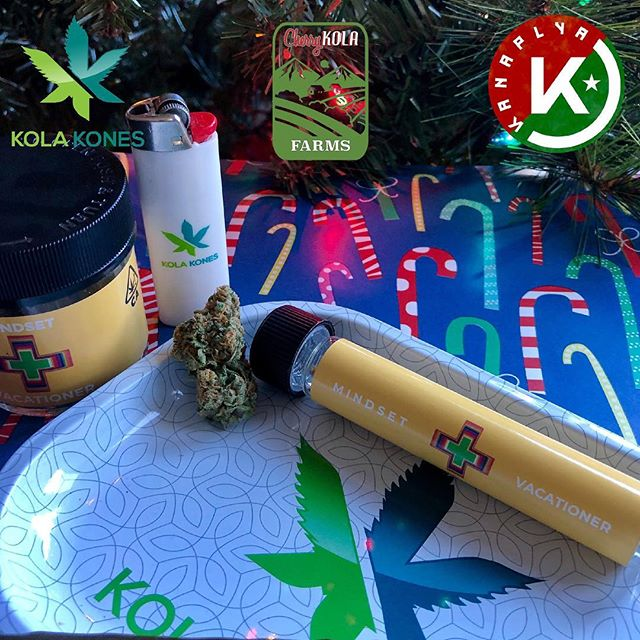 🌱🍒 Happy Holidays 🍒🌱 From our family to yours, we wish you the utmost joy, and happiness. Be sure to pick up some Mindset @vacationing or a preroll if your on the go!@zenweho @bluntsandmoore @citycc420, and more... Follow our Distrobution to find new locations coming soon. @kanaplya_distro @thecherrykola @kolakones @cherrykola420 @xt.710 @caliclearkings #cherrykola #mindset #vacationing #killapriest #kuzzofly #kuzzoflykush #christmas #cheer #happyholidays #kolakones #cherrykolafarms #kolafamily #zenhealingweho #bluntsandmore #cc420 #kanaplyadistro #cannabis #sonomacounty #grown #love #tasteourflavors #tastetheflavor #wehearthaters #beyourself #kolacowboys #kolalife #enjoythejourney