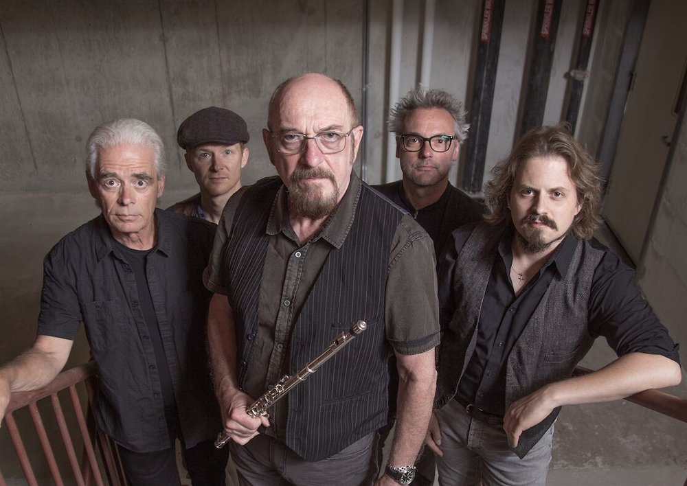 Ian Anderson is accompanied by Tull band musicians David Goodier (bass), John O'Hara (keyboards), Florian Opahle (guitar), Scott Hammond (drums) and surprise virtual guests  .Photo credit Travis Latam.