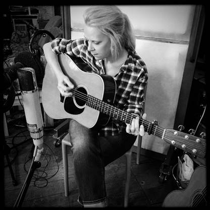 Mary Chapin Carpenter pic by Ethan Johns