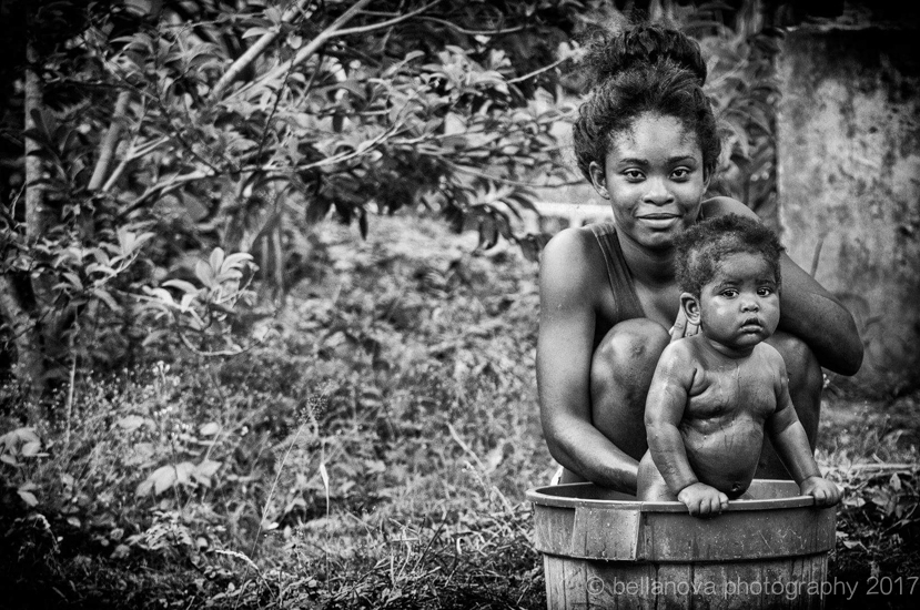 Mother and Daughter. Cannabis Farm, Jamaica. Cassy Paris.jpg