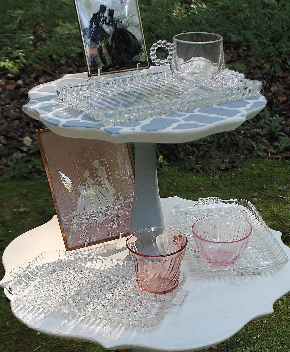 Vintage luncheon plate rentals