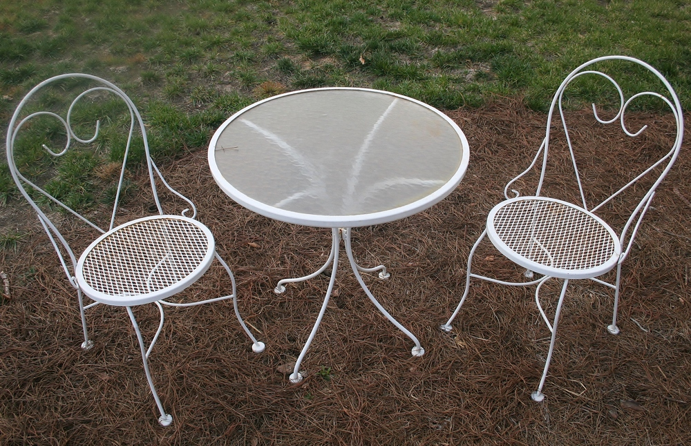 Vintage White Bistro Table