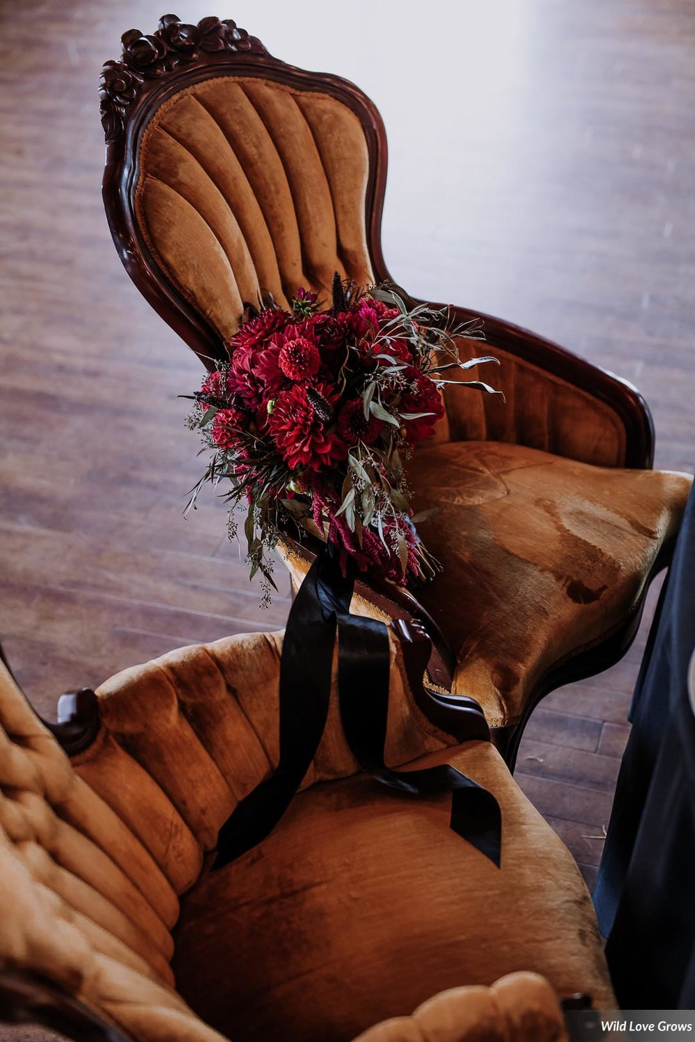 Gold King and Queen Chairs