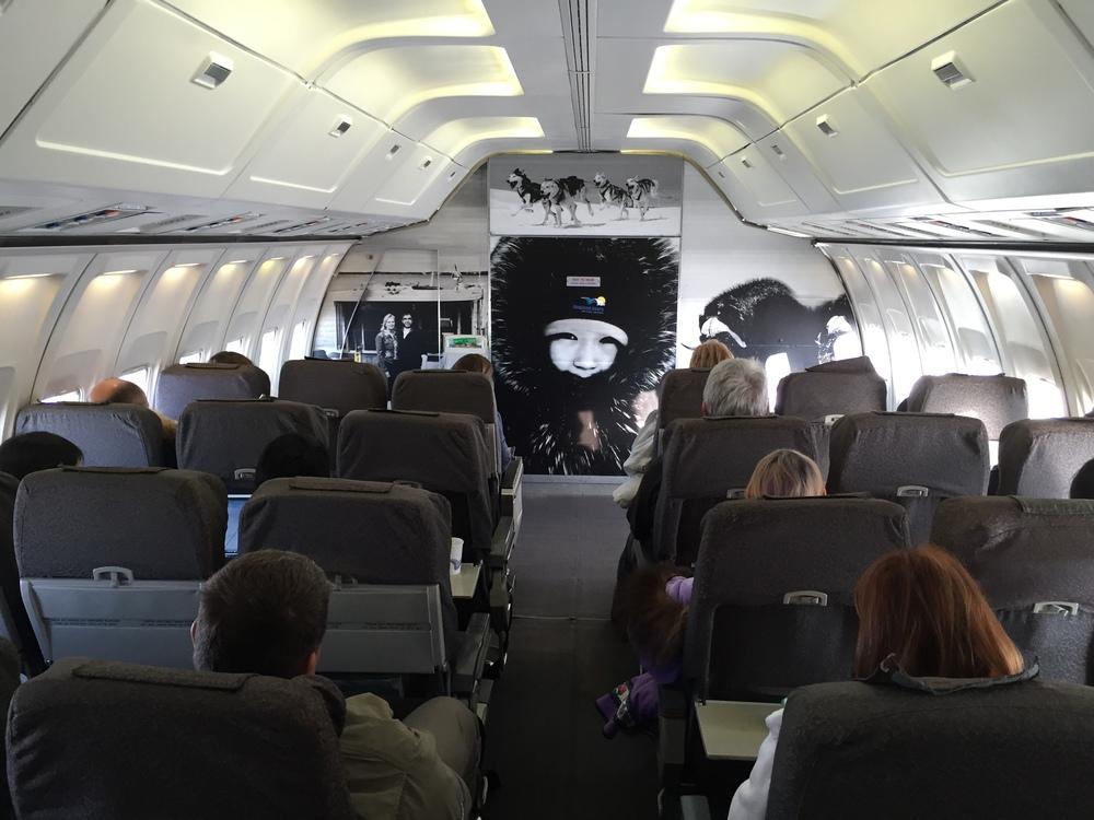 Canadian North B 737