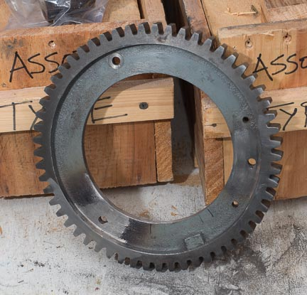 as well the index gear that the upper assembly rides on was broken in half. You can see where it was brazed by the skilled torch of  Mede Ryan Jr. of Witless Bay Newfoundland, thanks to Ralph Cary for sorting this out for me. The piece is cast iron so fixing it wasn't an easy thing.