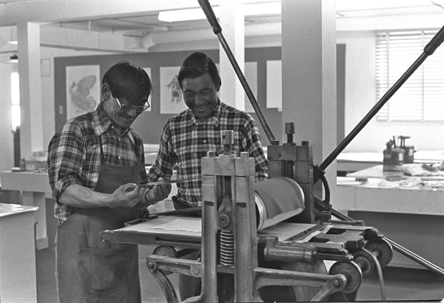 Lucta and Ninguatsiak printing on the Canadian Mint etching press