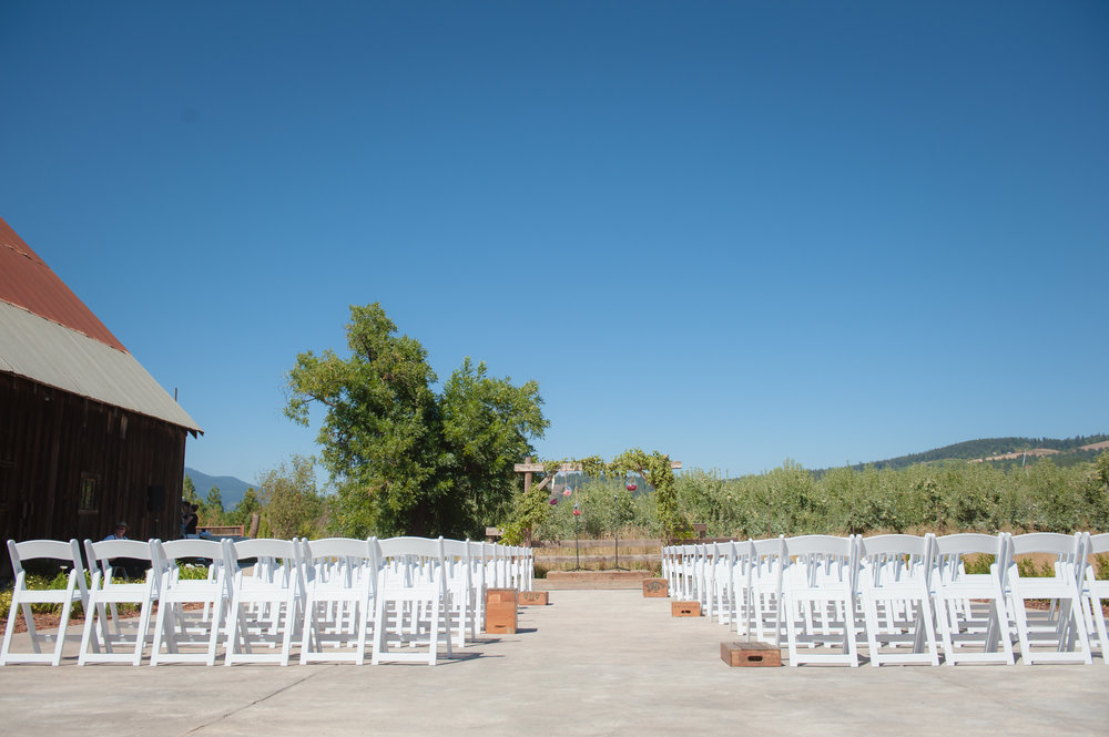 Tin Roof Barn Wedding -033.jpg