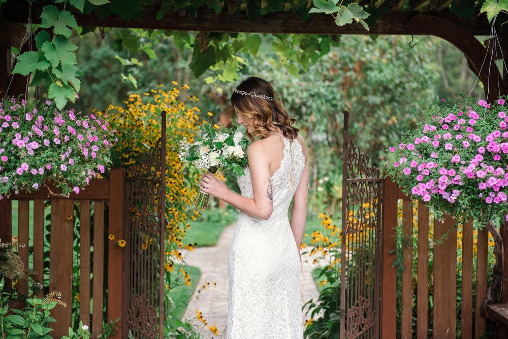 Jennifer Alyse Weddings - Cal & Oksana 008.jpg