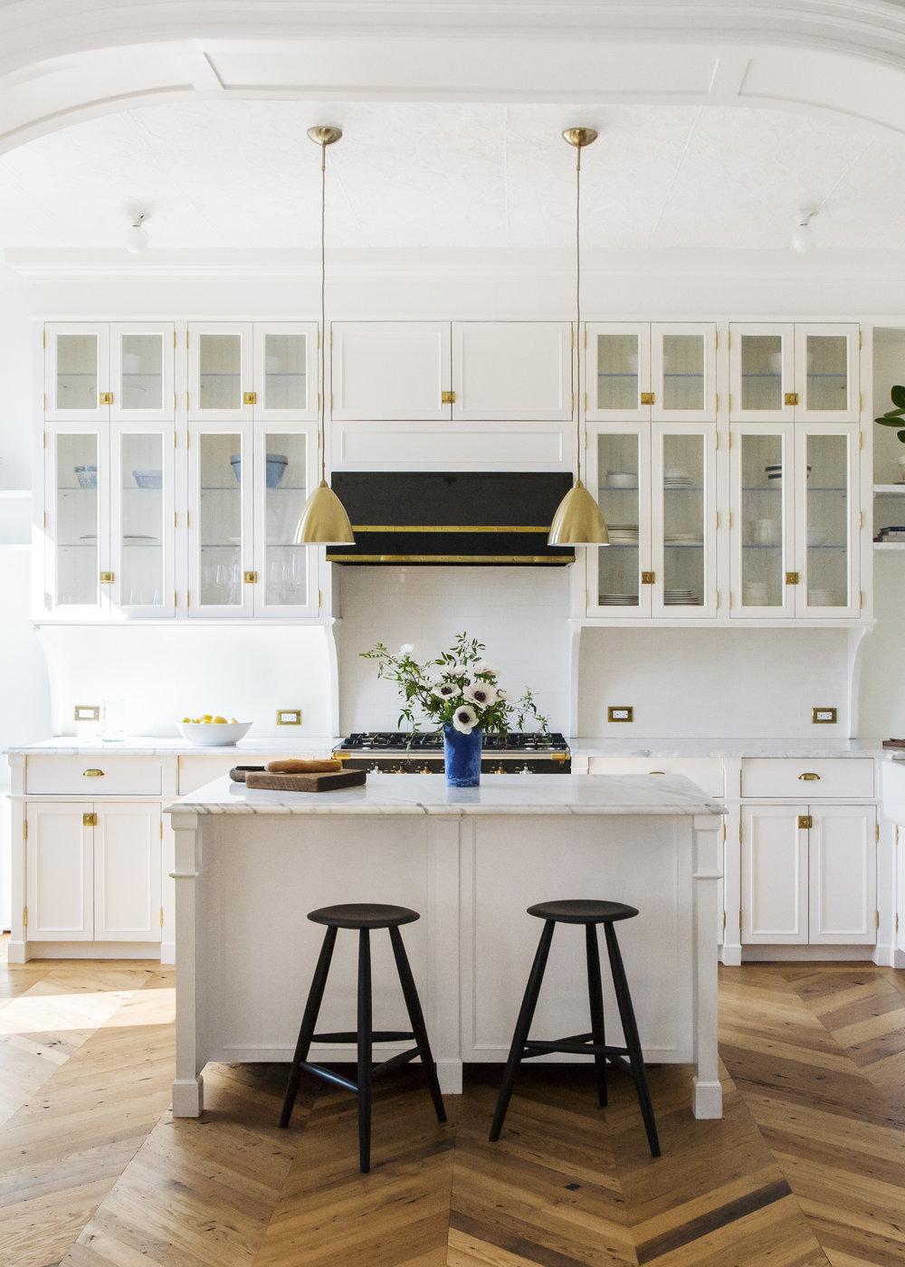 kitchen IMG_1862_alt_V.jpg