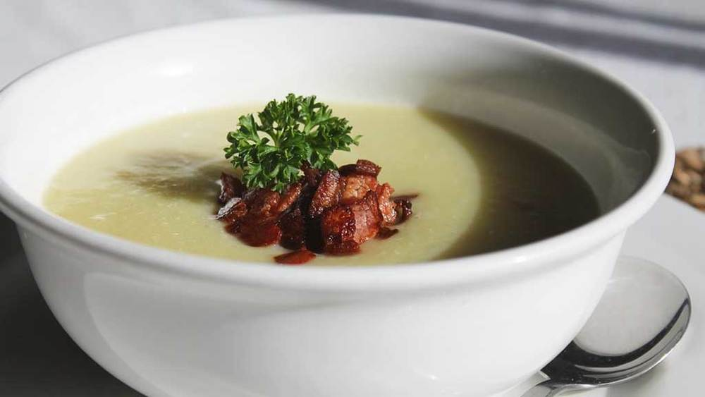 Cauliflower-Leek-Potato-Soup_Chicken-Stock.jpg