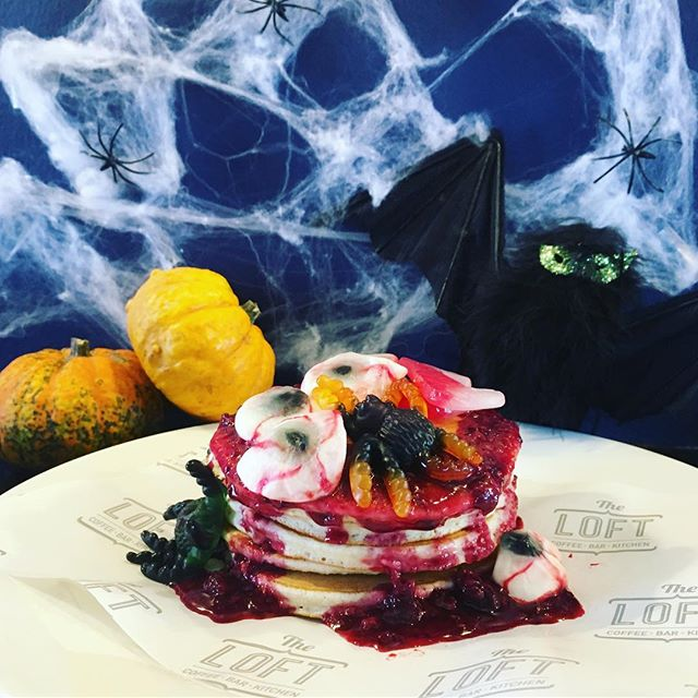 Another awesome dish for our Halloween half-term!! 👻🦇🎃 the Mega Monster pancakes... topped with a frightful fruit compote (or choose chilling chocolate sauce!) & gruesome jellies!! 🧛‍♀️🦇 see the link in bio for more info and to BOOooo-K now! #halloween #halfterm #monsterpancakes #kids #fun #arundel #theloftarundel #theloft #sparksyard #holidays #family #westsussex #familyrunbusiness #independentbusiness