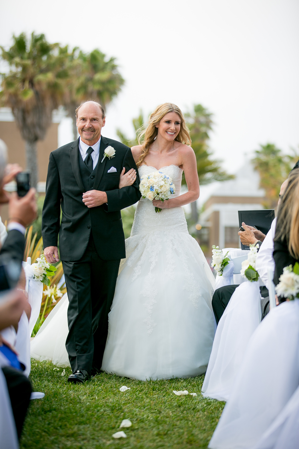 Walk Me Down the Aisle // The Overwhelmed Bride Wedding Blog + Southern California Wedding Planner