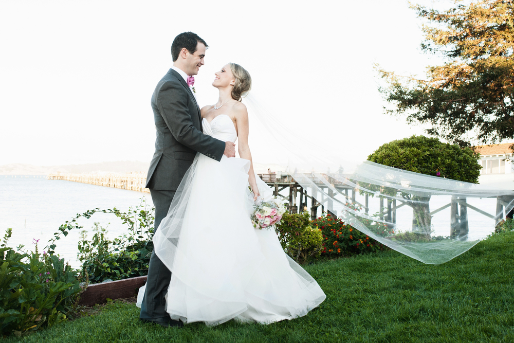 Featured Wedding: Kristen + Jordan's Marin County Waterside Wedding // The Overwhelmed Bride Wedding Blog + Southern California Wedding Planner