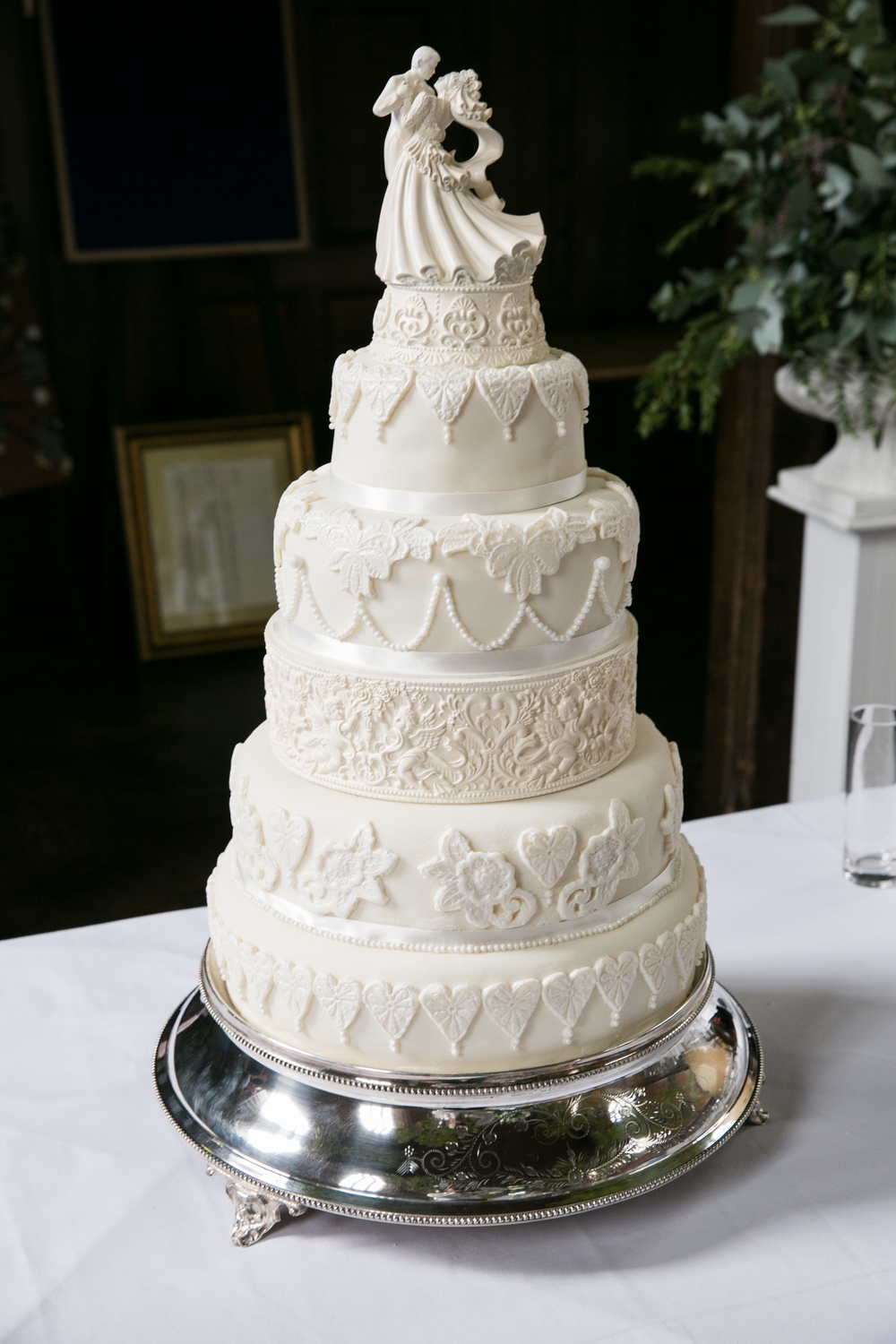 formal white wedding cake