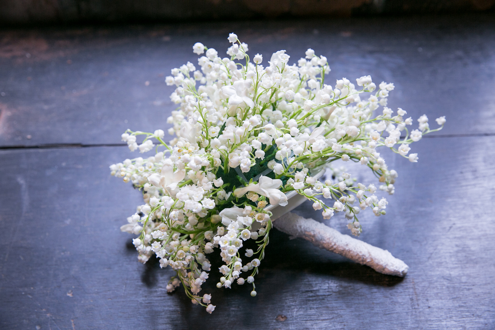 babys breath wedding bouquet