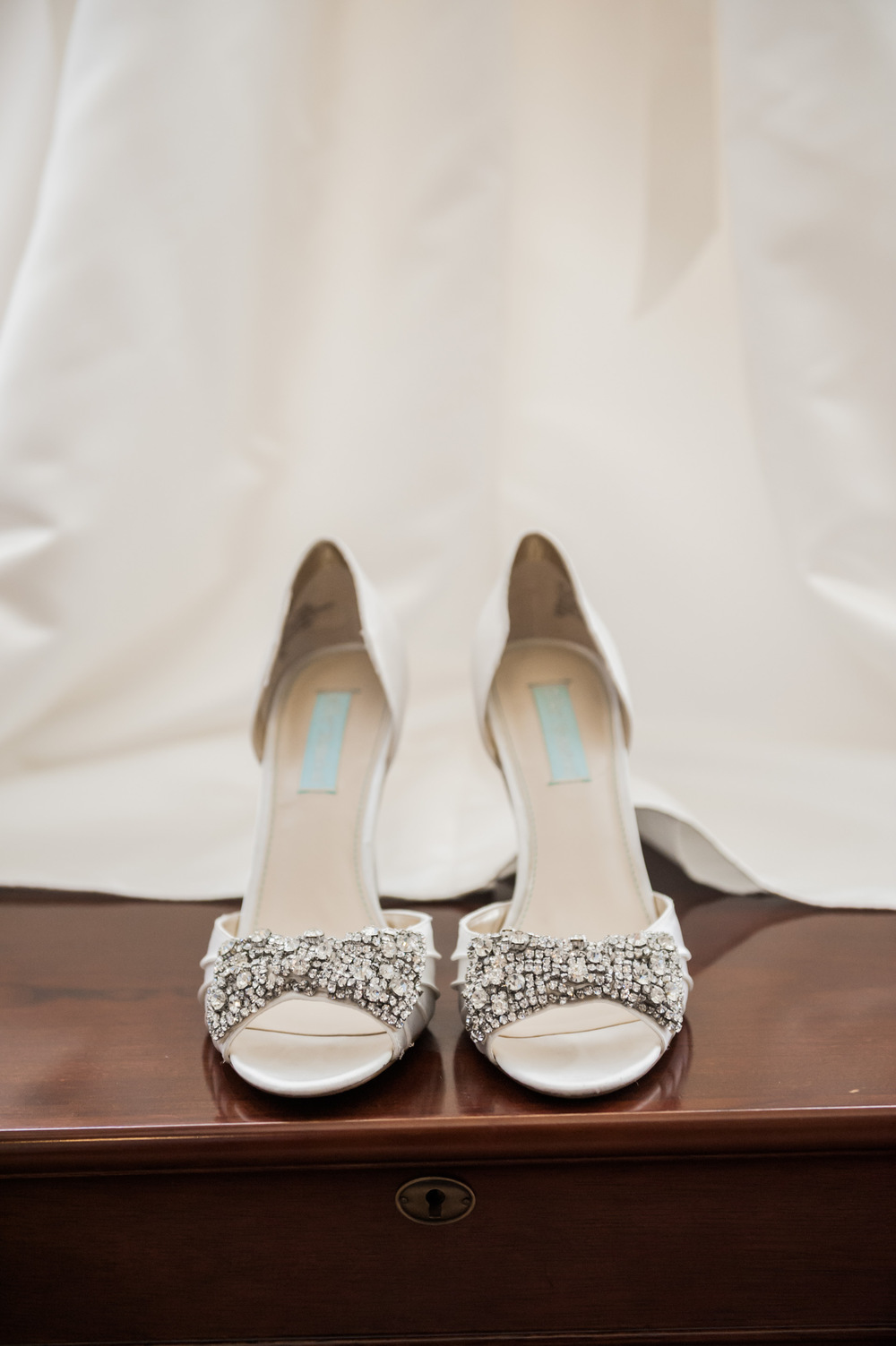 beautiful white bridal heels with bling