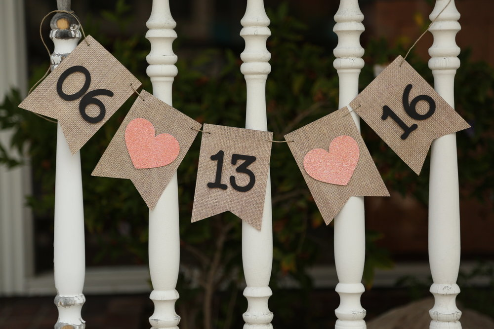 engagement photos burlap wedding date banner