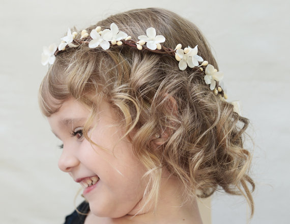 21 Flower Girl Items We Can't Get Enough Of!