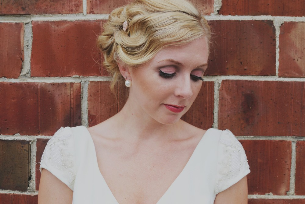 Marilyn Monroe-Inspired Wedding hair and makeup