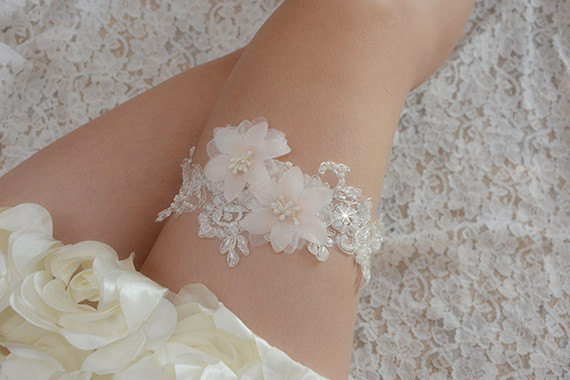 17 Lace Wedding Garters Garter Sets All Under 50 That Are