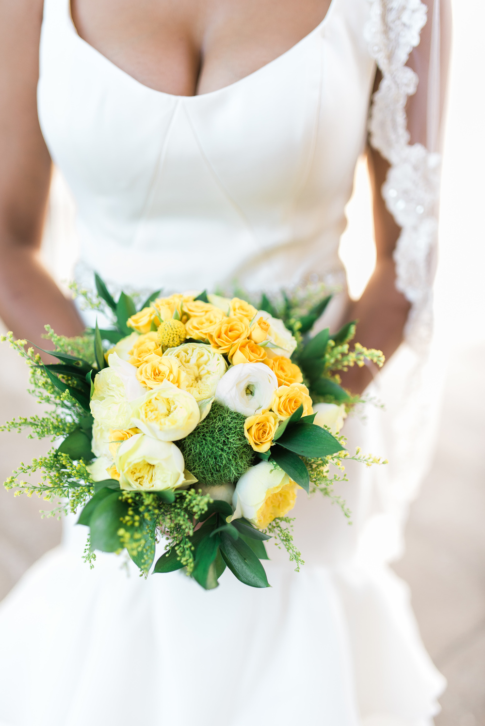 soft yellow wedding bouquet // traditional persian wedding ceremony