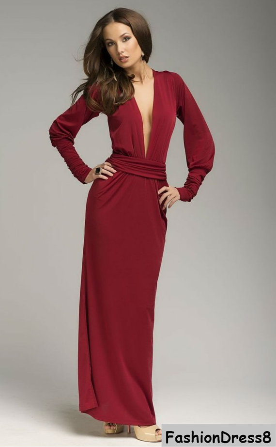 winter wedding guest dress // holiday party dress