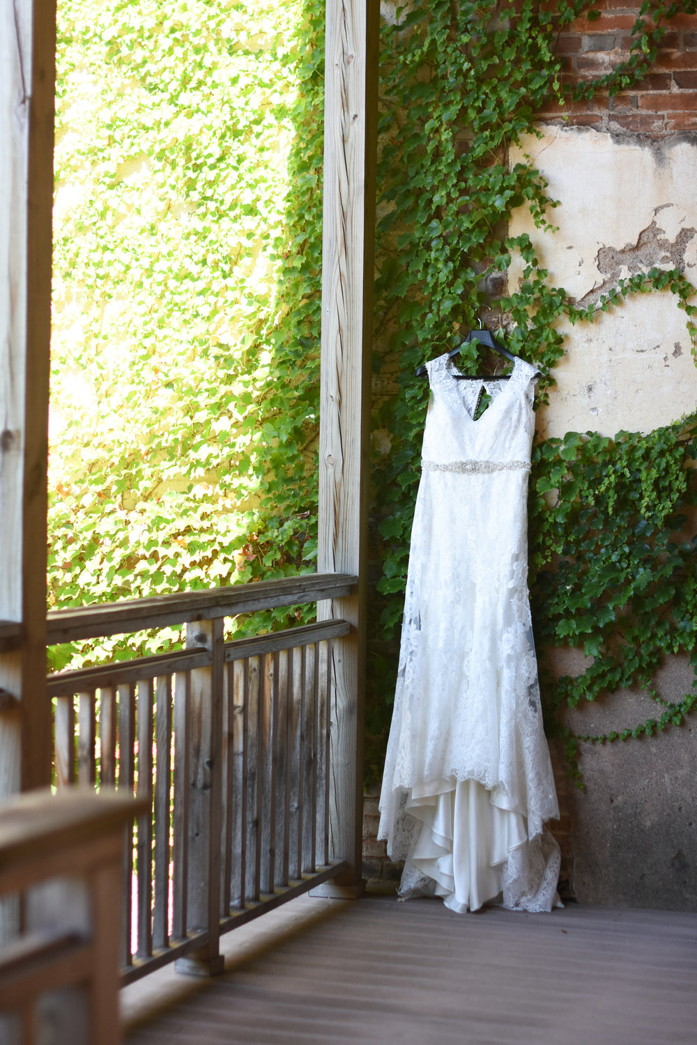a line bridal gown // macy marie photography wedding