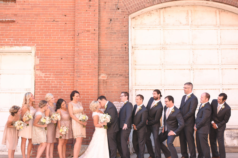 best wedding party photos // macy marie photography wedding