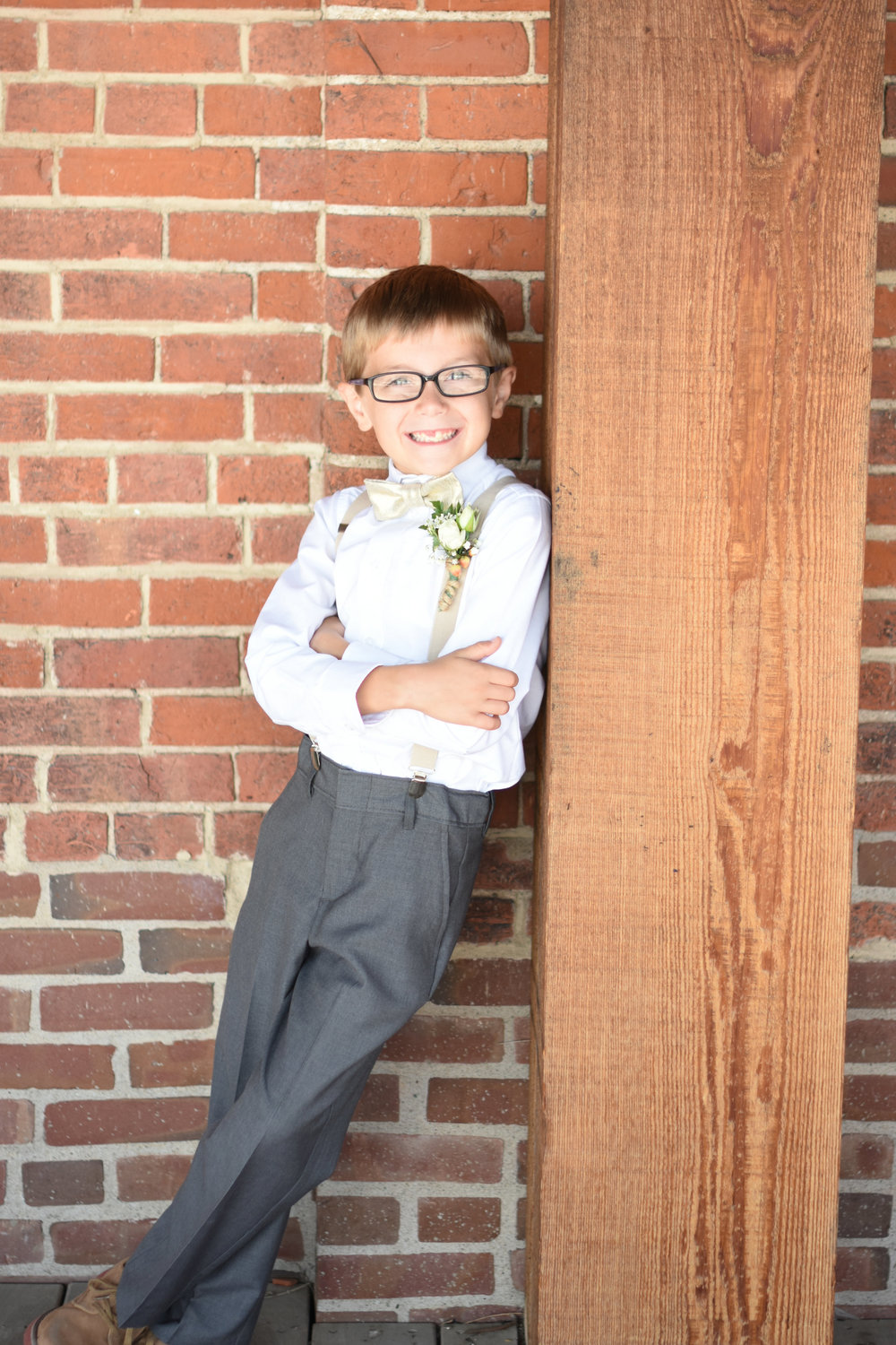 rustic ring bearer attire // macy marie photography wedding