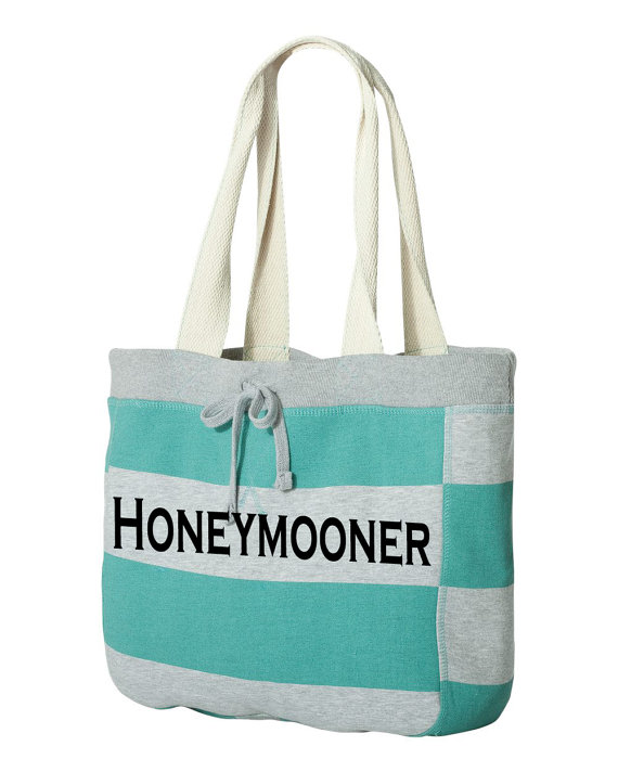 honeymooner beach bag honeymoon must haves