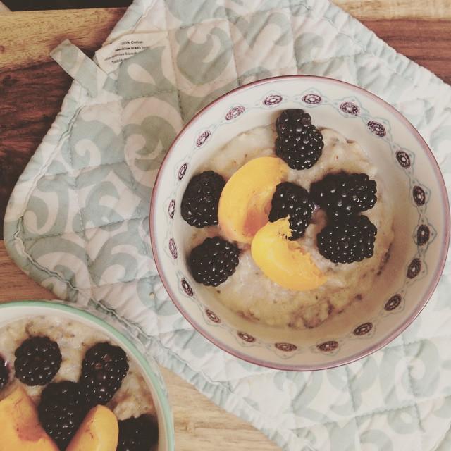 quinoa porridge recipe // healthy winter recipes
