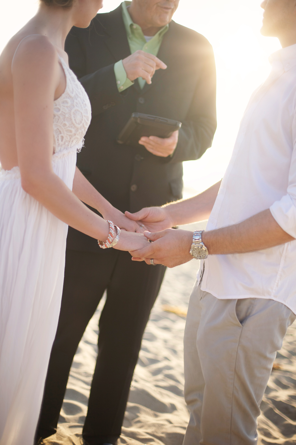 What to Look For When Choosing Your Wedding Officiant
