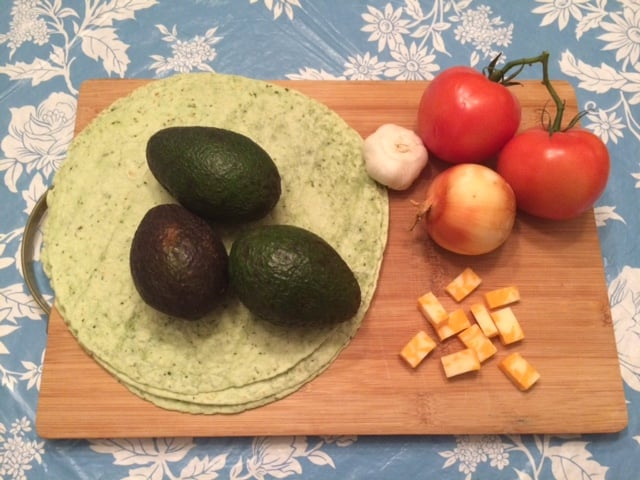 date night ideas - guacamole wrap recipe
