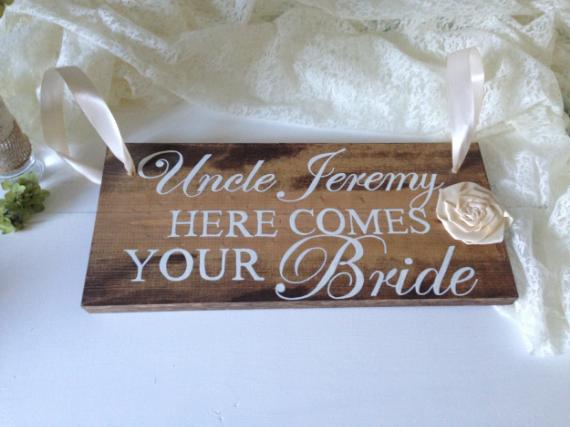 The bride List Vendor  More Than Lace
