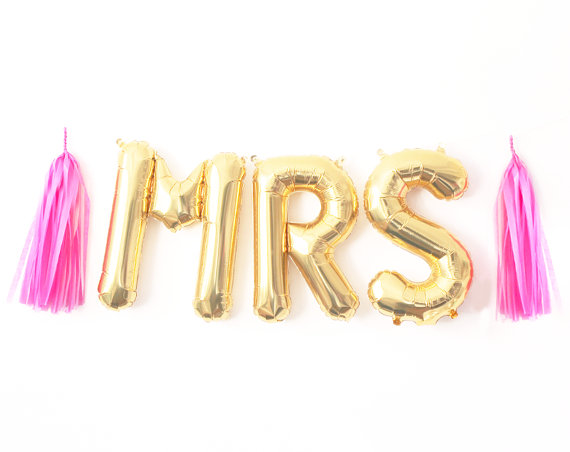 bachelorette party ideas - bachelorette party decorations
