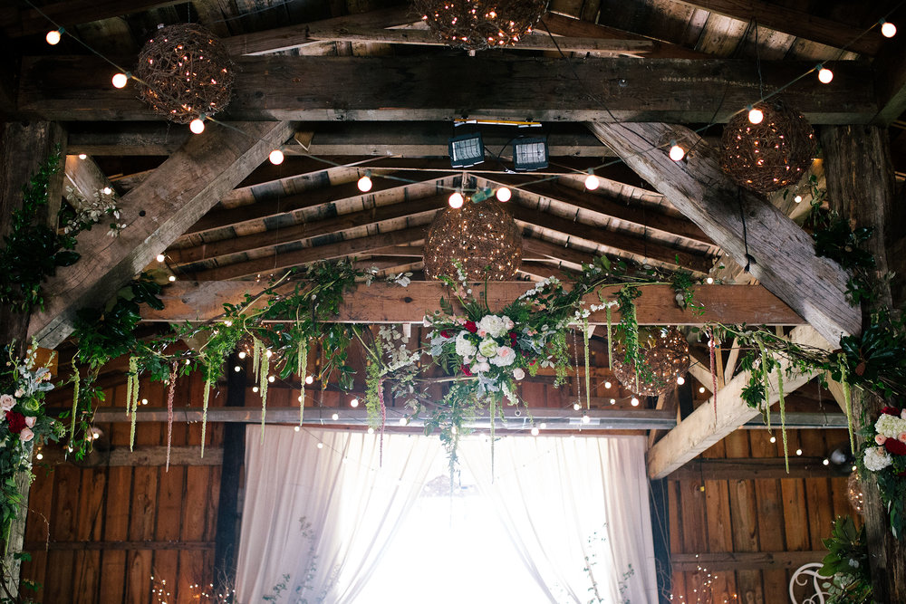 A Rustic Mallard's Croft Mississippi Wedding - Smash Studios Photography