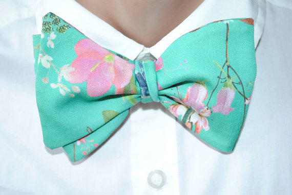 Floral Groom Bow Tie - Floral Wedding Details
