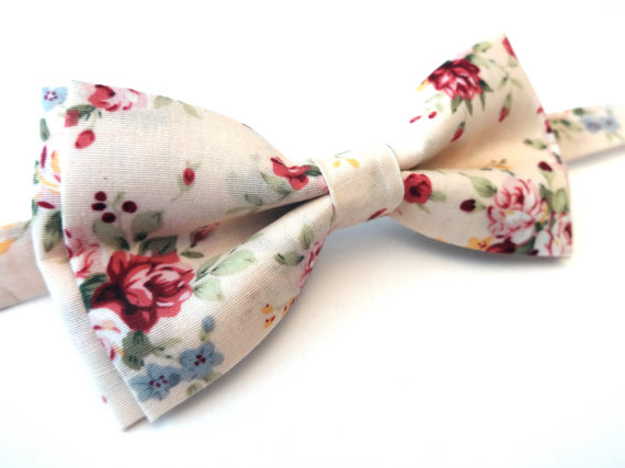 Vintage Floral Bow tie - Unique Groom + Groomsman Bow Ties
