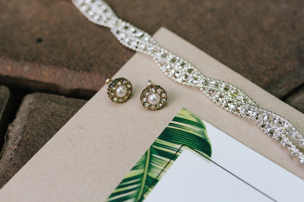 Bridal Accessories - A Botanical Gardens Budget Wedding - From Britt's Eye View Photography