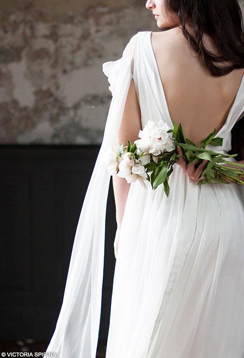 Boho Flowy Low Back Wedding Dress