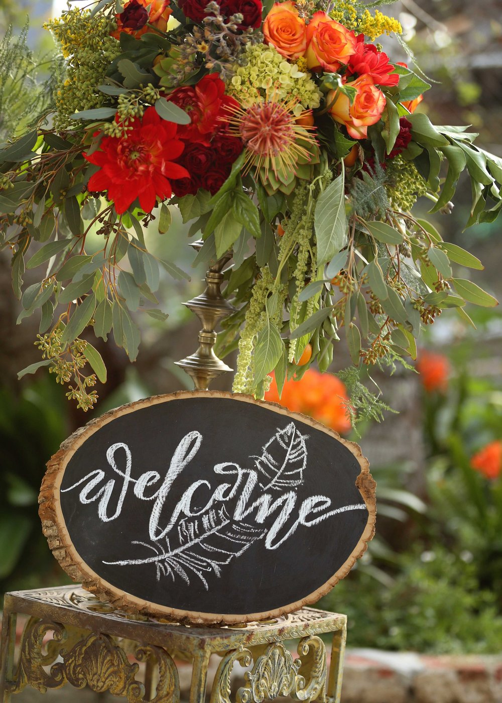 Boho wedding Decor - A Modern Bohemian Outdoor Wedding Shoot - Bleudog Fotography