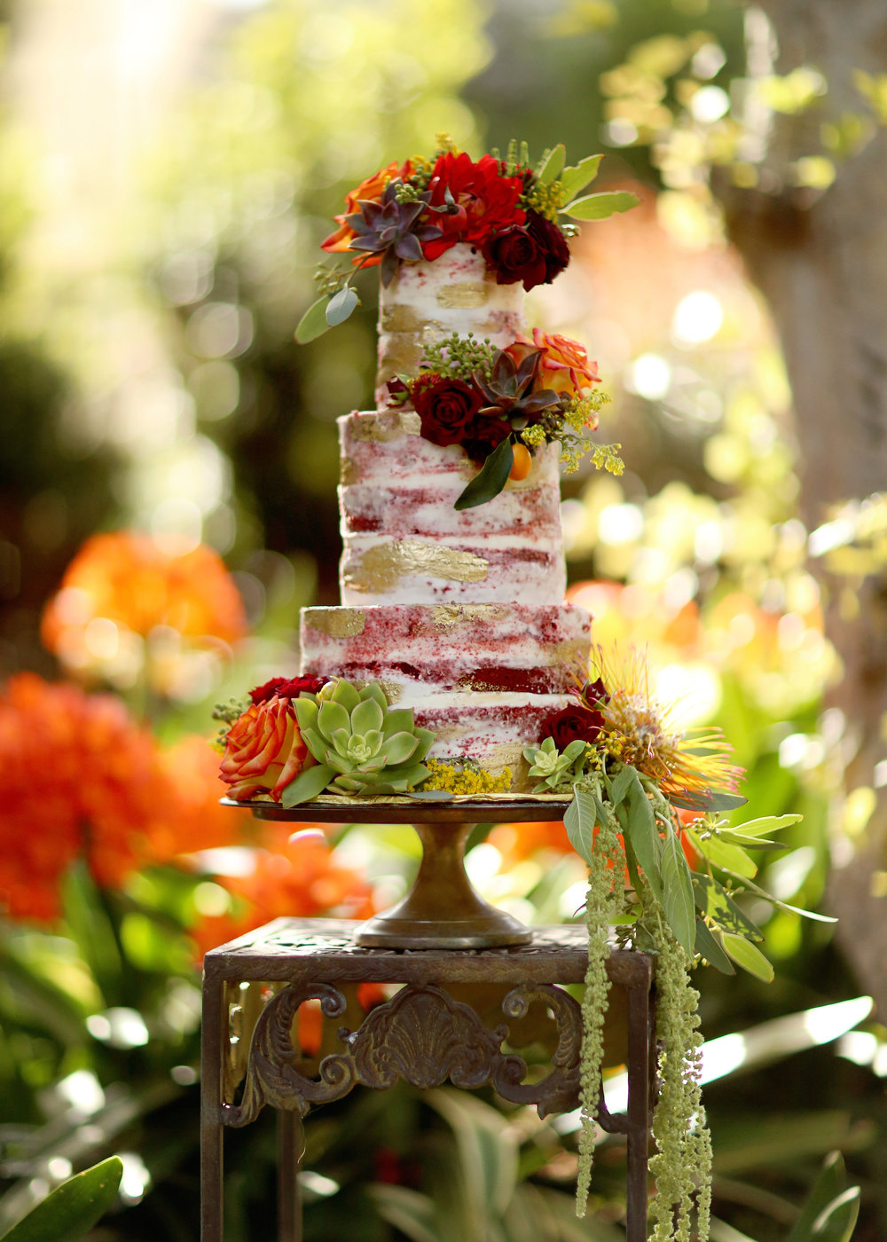 Boho Wedding Cake - A Modern Bohemian Outdoor Wedding Shoot - Bleudog Fotography