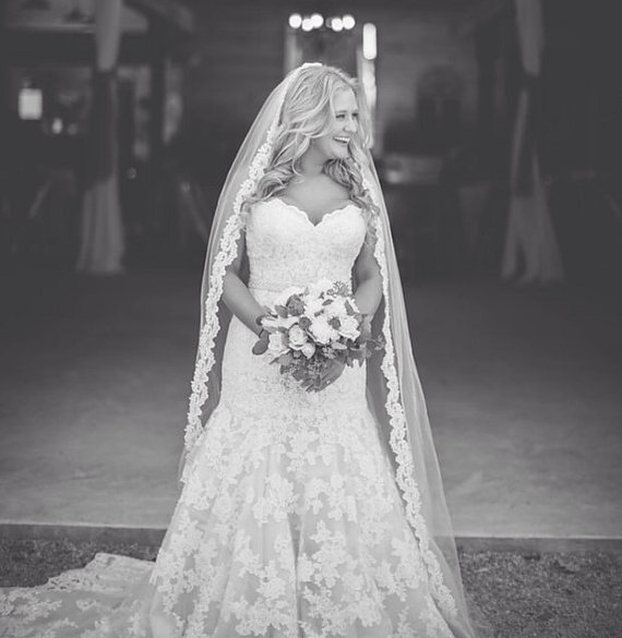 Rustic Lace Lining Cathedral Length Long Bridal Veil
