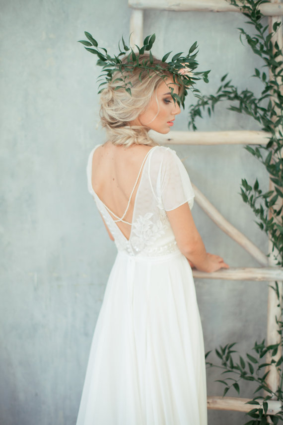 56 boho wedding dresses under 1000 the overwhelmed for Bohemian wedding dress shops