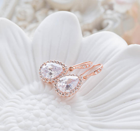 21 Rose Gold Bridal Earrings The Overwhelmed Bride Wedding Blog