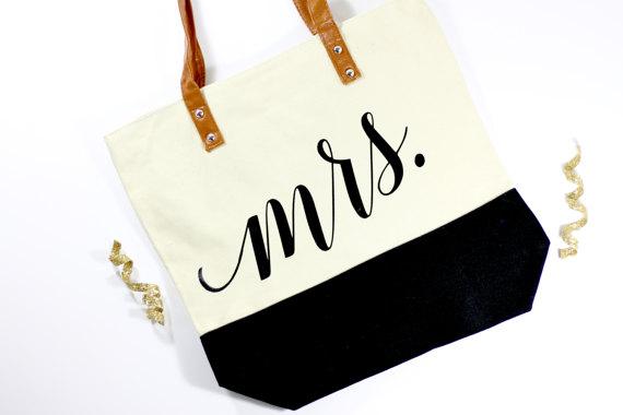 Honeymoon Essentials - Mrs. Honeymoon Tote Bag